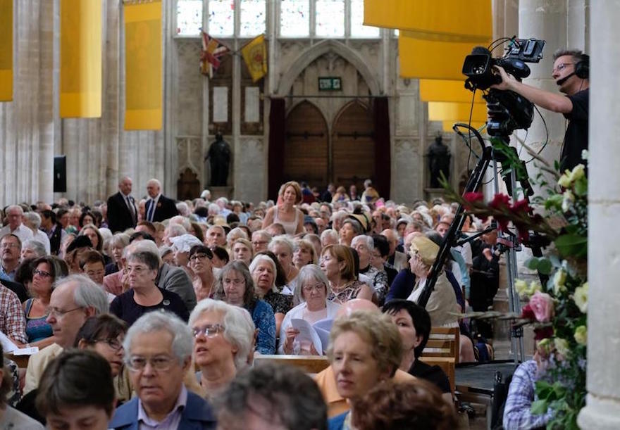 videofrog camera operator in winchester cathedral