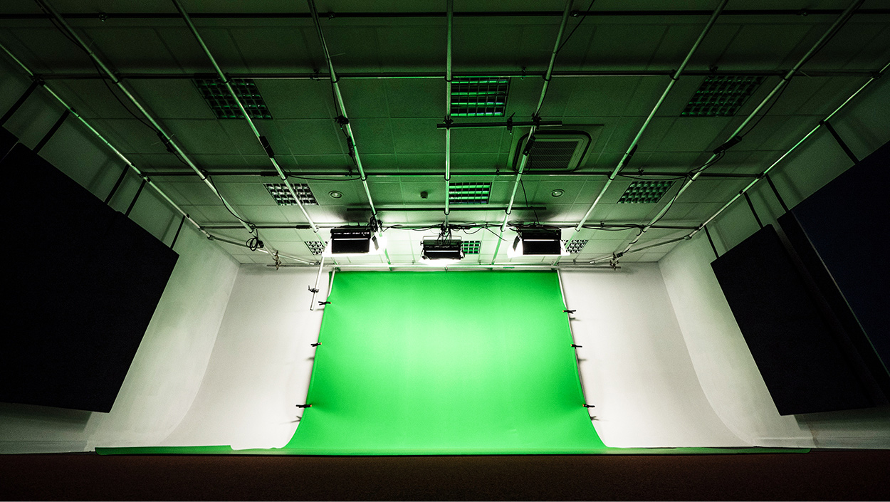videofrog studio with green screen